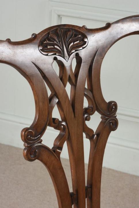 Set aus 8 antiken Mahagoni Esszimmerstühlen im Chippendale-Stil aus dem 19. Jahrhundert
