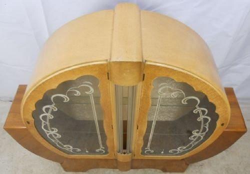 Art Deco Ahorn und Nussbaum Vitrine Glasvitrine rund antik ca. 1930