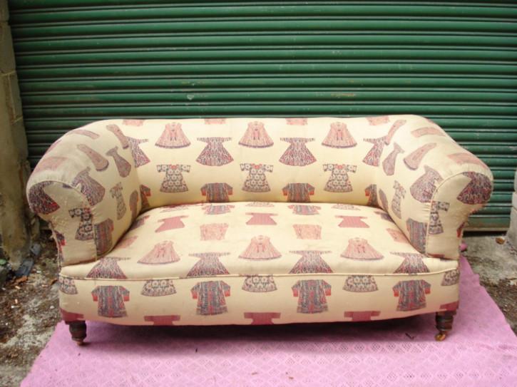 Chesterfield Zweisitzer Sofa Mahagoni Massivholz Sofa antik ca. 1880