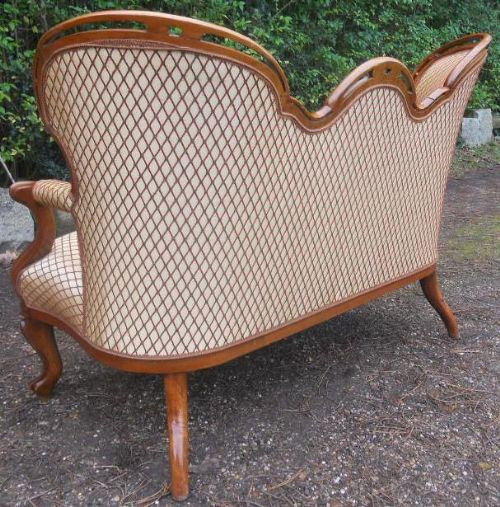 "Antikes viktorianisches Mahagoni ""Tripleback"" Sofa, um 1850"