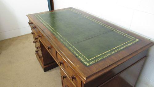Viktorianischer Mahagoni Schreibtisch Massivholz antik ca 1870