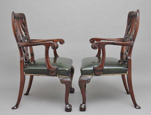 Set von 4 Mahagoni Stühlen Massivholz antik ca 1880