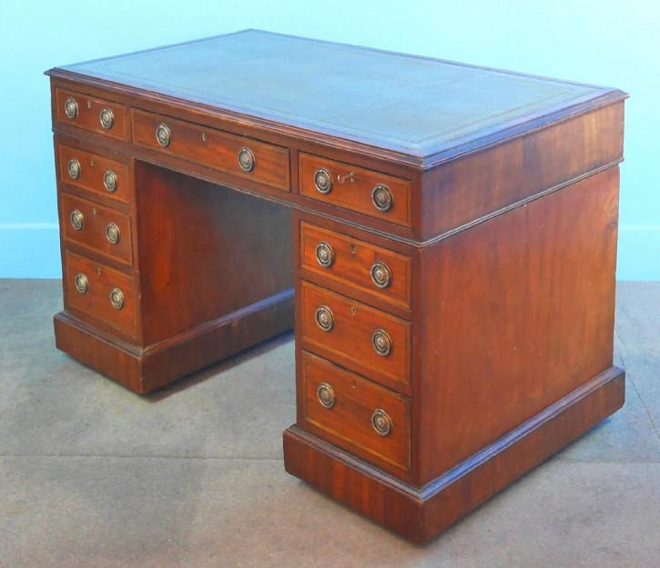 Viktorianischer Mahagoni Schreibtisch Massivholz antik ca 1840