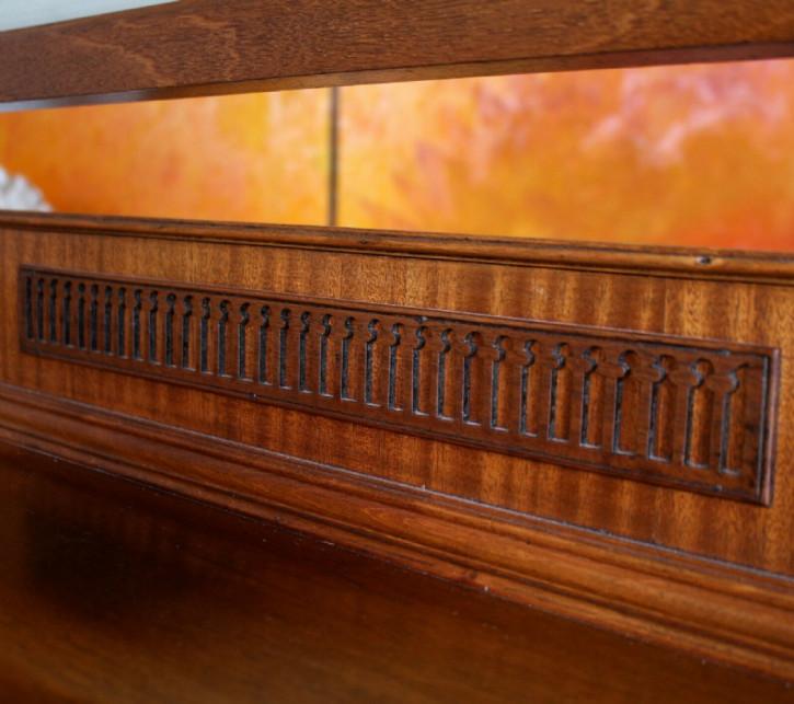 Viktorianische Mahagoni Kommode aus dem 19. Jahrhundert