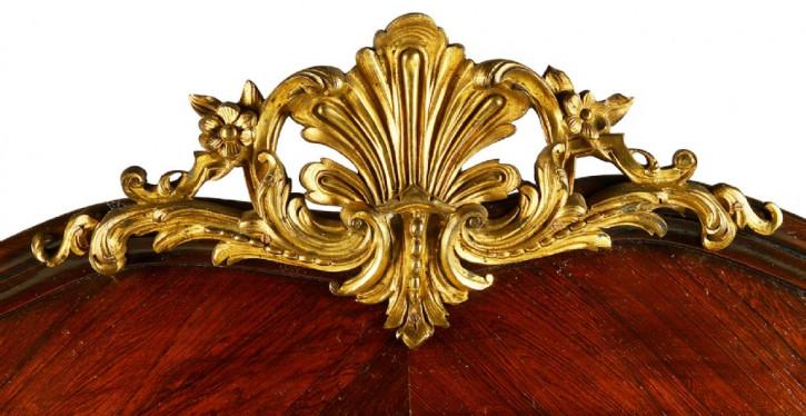 Premium! Antike französische Vitrine des 19. Jahrhunderts