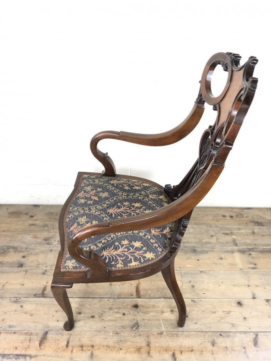 Antiker Inlaid Mahagoni Sessel im Art nouveau Stil