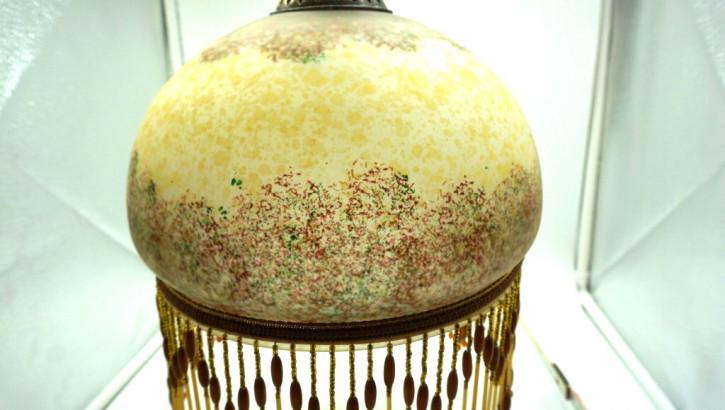 Deckenlampe Vintage mit Perlenkette Frankreich