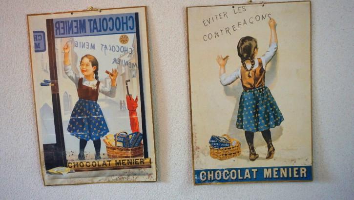 Zwei antike Holzbilder Chocolat Menier