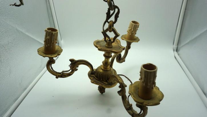 Kunstvoller Drei-Arm Leuchter aus Bronze