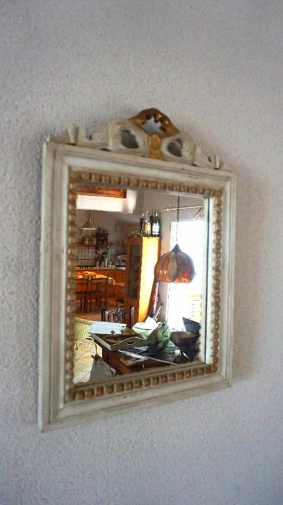 Weißer Vintage Spiegel