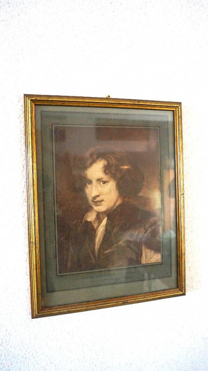 Frauenportrait mit Goldrahmen