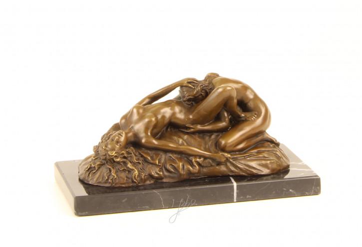 """""""Erotische Szene zwischen zwei Frauen"""" Bronze Statuette"""