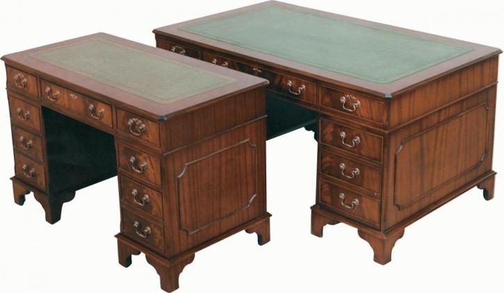"""Mittelgroßer Schreibtisch """"Pedestal Desk"""" mit Schubladen"""