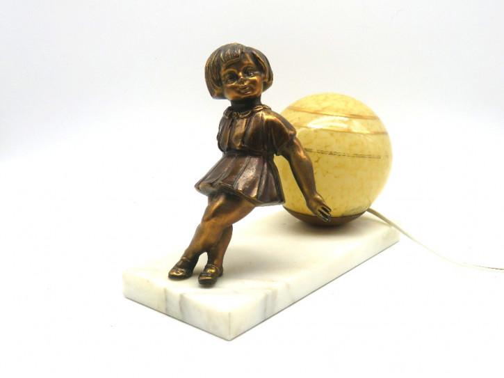 Figur Mädchen mit Kugellampe  Art Deco