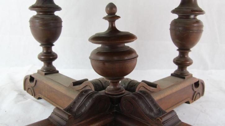 Sofatisch Henry II Couchtisch mass. Nussbaum aus Frankreich