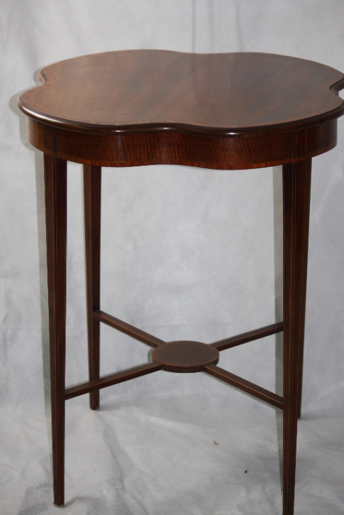 Edwardian Table  Mahagoni Tisch Edwardian 1890