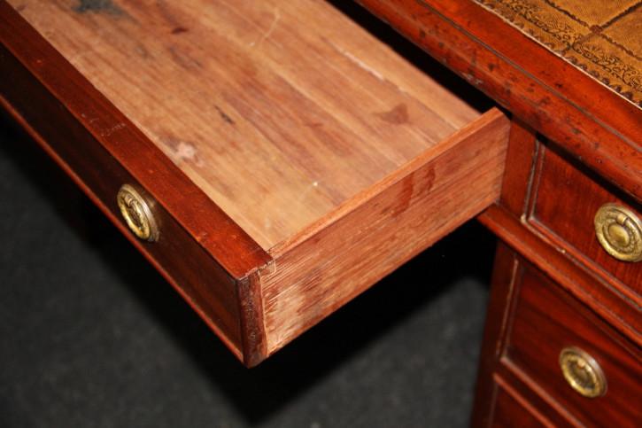 Pedastal desk Victorian Original