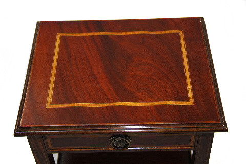 Lamp Bedside oder Winetable  Mahagoni