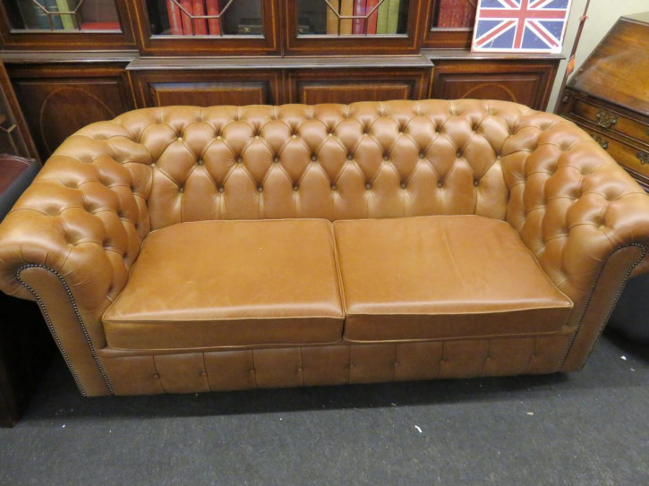 """London Special"" Chesterfield 3-Sitzer New England Sattle"