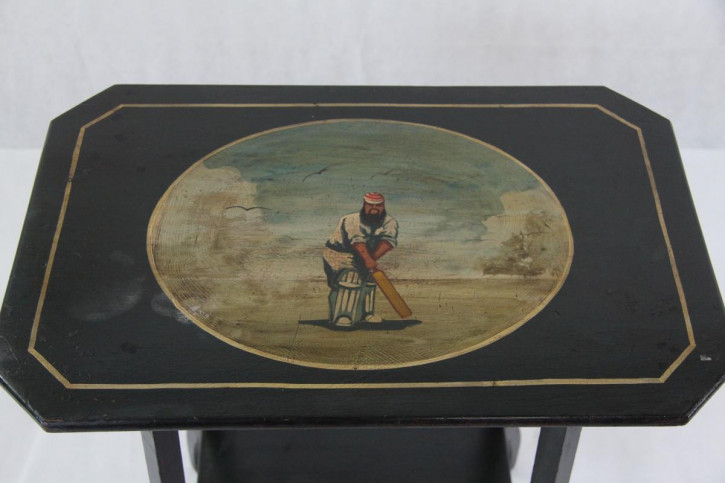 Tablecricket Teatable Beistelltisch England handbemalt