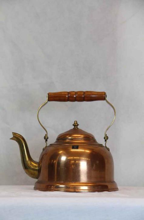 Kupferrote Teekanne