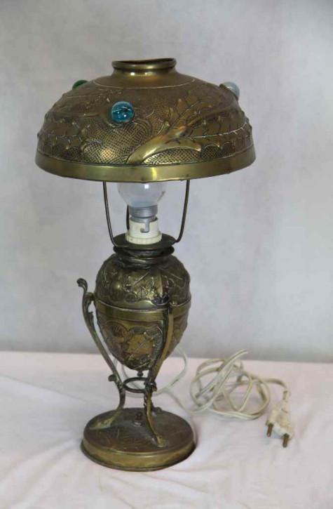 Goldene Lampe