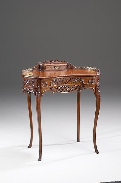 Lady Schreibtisch French Bonheur