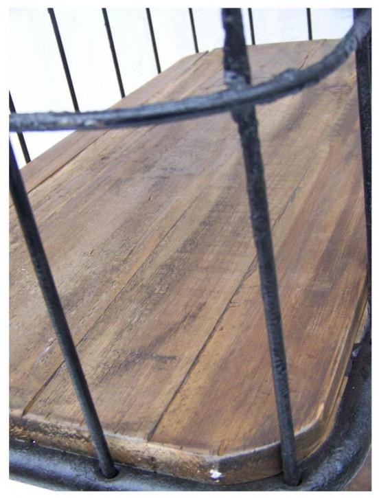 """""""Bram"""" Regal mit Massivholzelementen im Industial Style"""