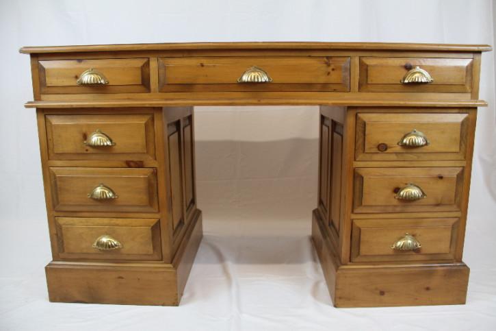 Schreibtisch Weichholz England 1920 Patina