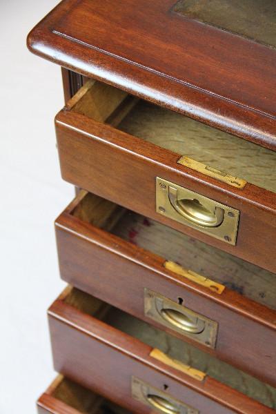 Schreibtisch  mahagoni Massiv England 1860