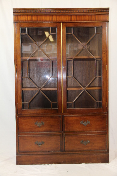 Display Cabinet  heldense Original Eibenvitrine