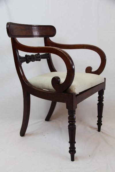 Armchair Victorian Massivholz Mahgoni Patina