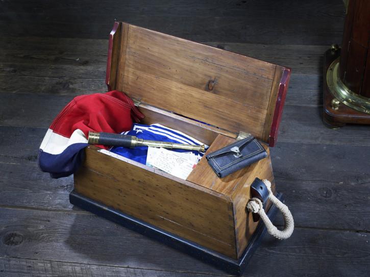 Truhe kleiner Tisch Beistelltisch Aufbewahrungstruhe - Sailors Chest, klein