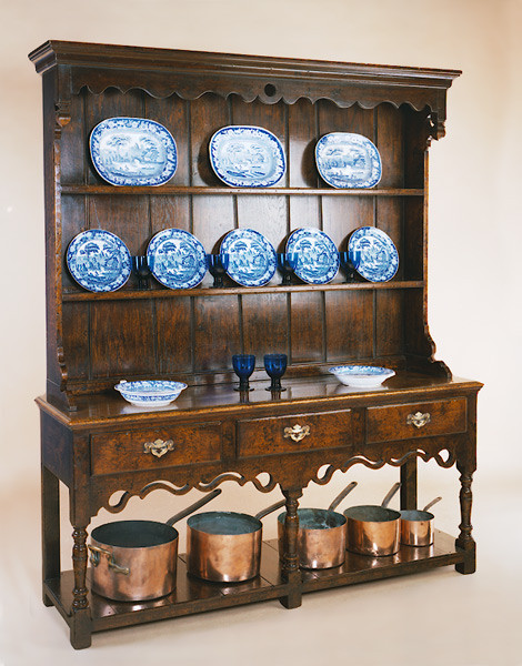 Joined Open Pot Board High Dresser - Pierced