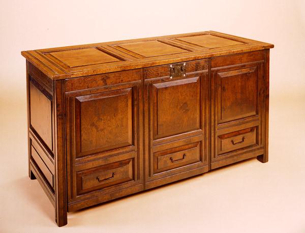 Coffer - TV Cabinet