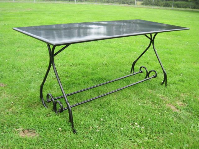 "Table Periqieux ""Sombre"" rectangular"