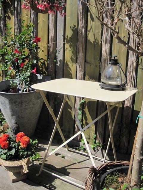 "Table Bordeaux ""Clair"" rectangular"