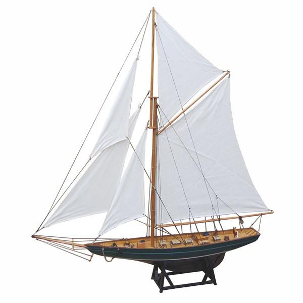 Segel-Yacht, Holz mit Stoffsegel, L: 85cm, H: 92,5cm