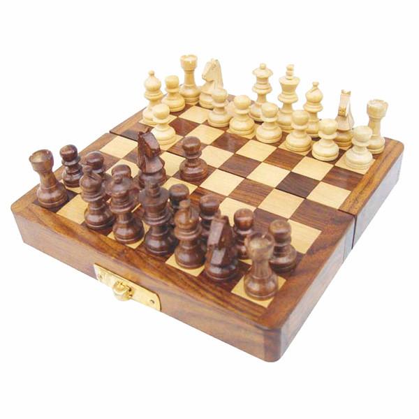 Schachspiel in der Faltbox, Holz, magnetisch, 12,5x12,5x1,7cm