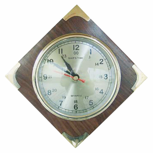 Uhr im Holz, Quartzwerk, Ø: 10cm, 18x18cm