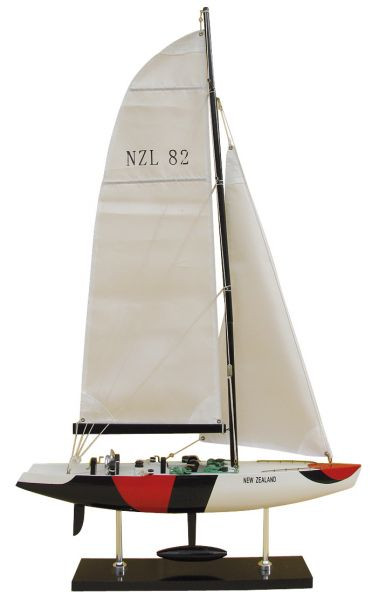 America's Cup-Segler - NEW ZEALAND, Holz mit Stoffsegel, L: 45cm, H: 76cm