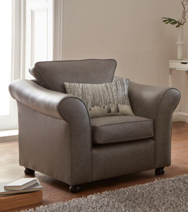 """""""Gianna Chair"""" Chesterfield Sessel in Fabric"""