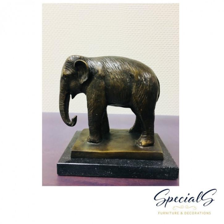"""Elefant auf Marmorsockel stehend"" Bronzefigur"