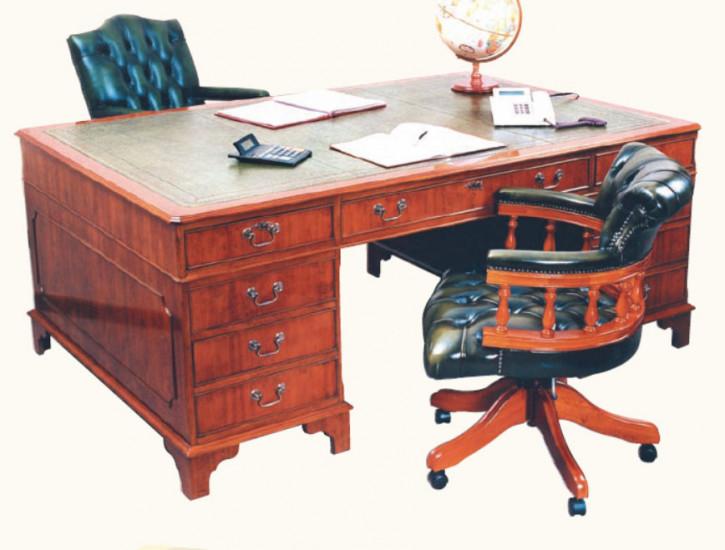 """""""Partners Desk"""" - großer Schreibtisch in Mahagoni - ebenfalls in Eibe erhältlich"""