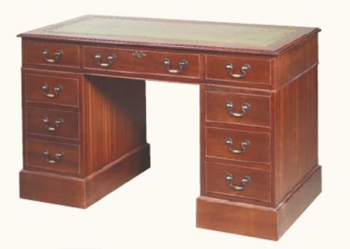 """""""Pedestal Desk Medium"""" Schreibtisch in Mahagoni - ebenfalls in Eibe erhältlich"""