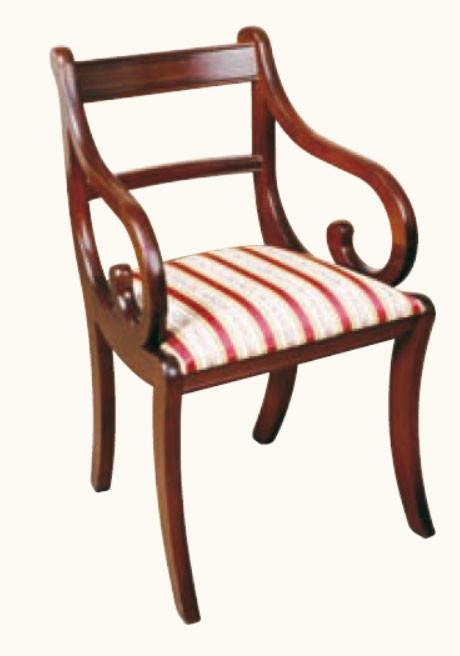 """Sabre Leg"" Stuhl in Mahagoni - ebenfalls in Eibe erhältlich"
