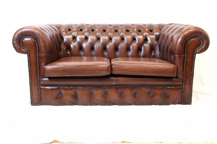 Chesterfield-Sofa Vintage gut erhalten Patina