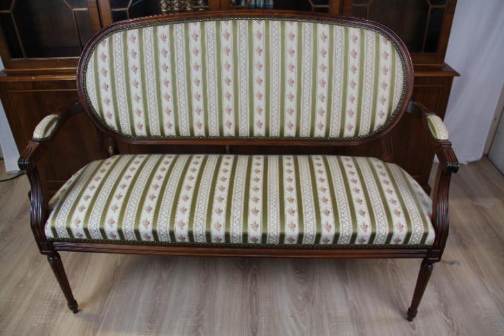 Settee Sofa aus Franklreich mit Massivholz neu bezogen