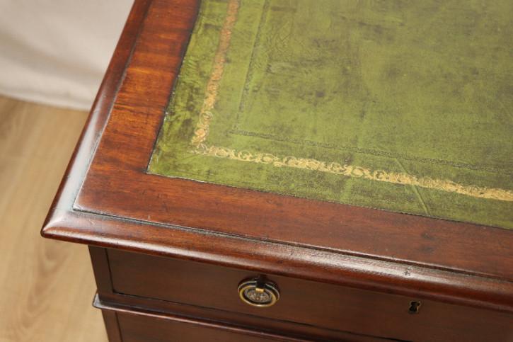 Schreibtisch Leathertop Green Victorian Pedastal