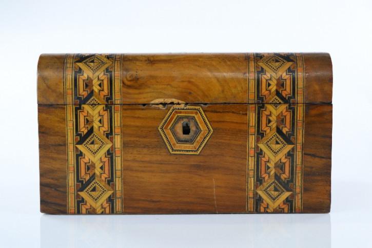 Antike Holz Schatulle, Schmuckkästchen, Verziert